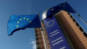 ЕК отпуска допълнително 95 млн. евро за изследвания за COVID-19